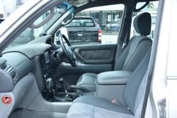 2000 Toyota Landcruiser GXL HDJ100R 4X4 Constant Silver