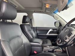 2012 Toyota Landcruiser Sahara VDJ200R MY12 4X4 Constant White