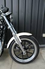 2011 Harley-davidson XL883L SUPER LOW Red/White