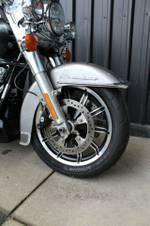 2017 Harley-davidson FLHR ROAD KING Billet Silver