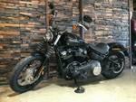 2019 Harley-Davidson FXBB STREET BOB (107) Vivid Black